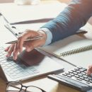 WHY YOU SHOULD CHOOSE A SPECIALIST ACCOUNTANT